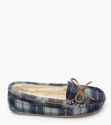 Minnetonka Moccasin - $29.95 Moccasin Style Slippers