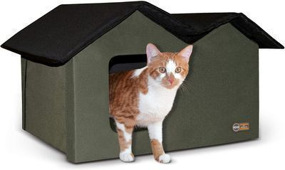 K&H Pet Products Extra Wide Outdoor Heated Kitty House Cat Shelter