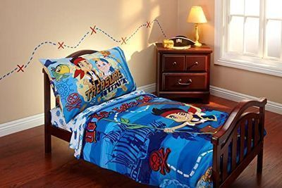 Disney Jake and The Neverland Pirates 4pc Toddler Bedding Set