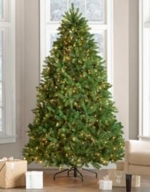 Newberry Spruce 7.5' Green Spruce Artificial Christmas Tree w/ 750 Clear/White Lights
