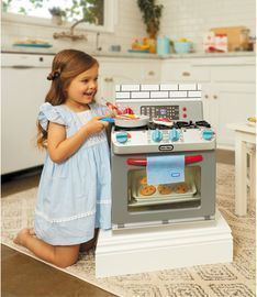 Little Tikes First Oven Pretend Appliance for Kids