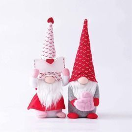Heart Gnomes - Set of 2