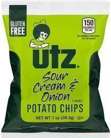 Utz Potato Chips, Sour Cream & Onion, 60 Count 1 oz. Bags