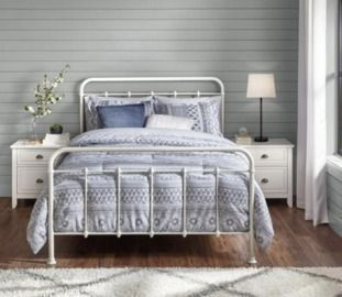Dorley Farmhouse White Metal Twin Standard Bed