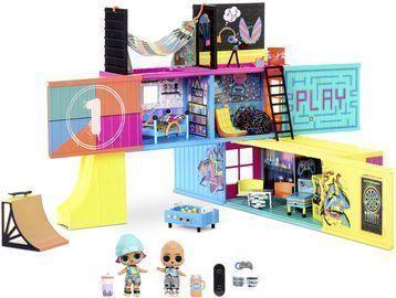 L.O.L. Surprise! Clubhouse Playset with 40+ Surprises + 2 Dolls