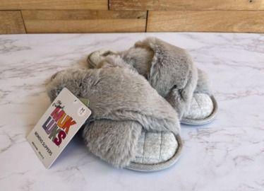 Muk Luks Women's Perley Faux Fur Criss Cross Slippers x 2