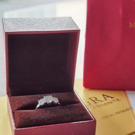 Moissanite Diamond Ring