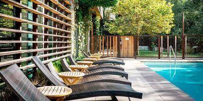 Chic Sonoma Eco-Friendly Hotel incl. Breakfast