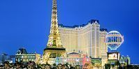 Vegas: Elegant 4-Star Hotel on the Strip